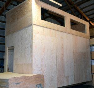 2-story tiny house flatpack